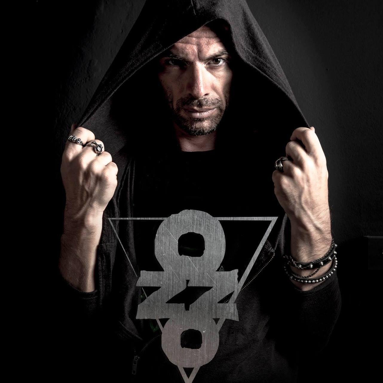 oZZo – Hello, il nuovo singolo